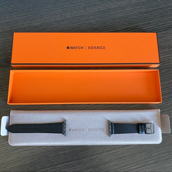 Hermès Apple Watch Black Leather Bands 40mm